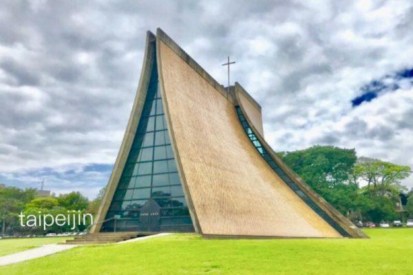 思義教堂 横
