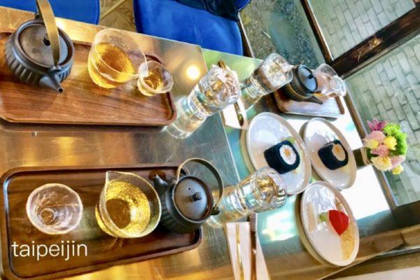 金錦町JinJinDingのお菓子とお茶