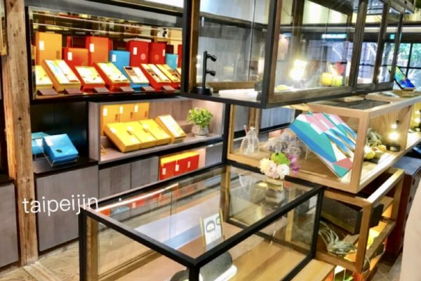 金錦町JinJinDingのお菓子売り場