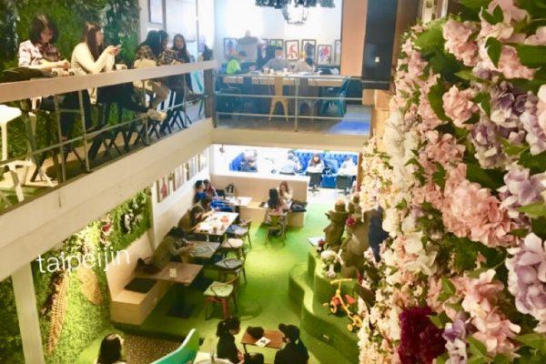 奧蘿茉 OROMO CAFEの四階