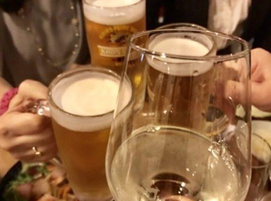 ビールとワインで乾杯