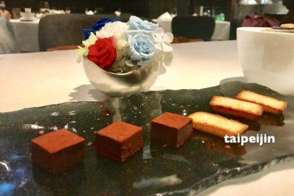 生チョコと焼き菓子