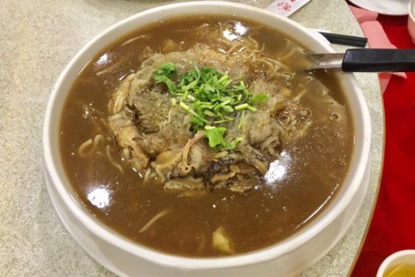 フカヒレ入りのスープ