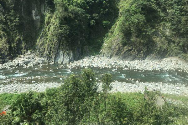 谷関温泉の川