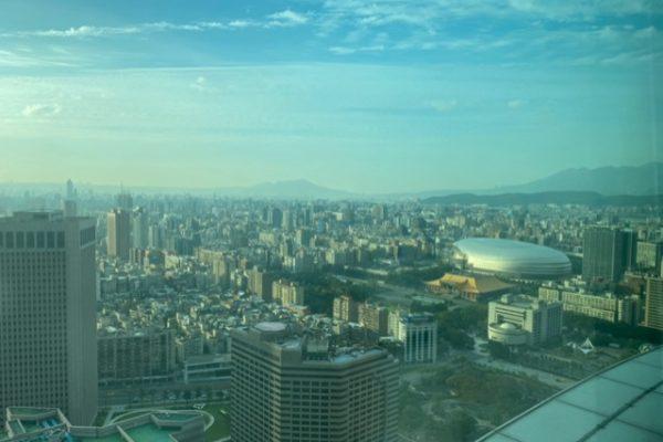 101ビルの窓からの風景1