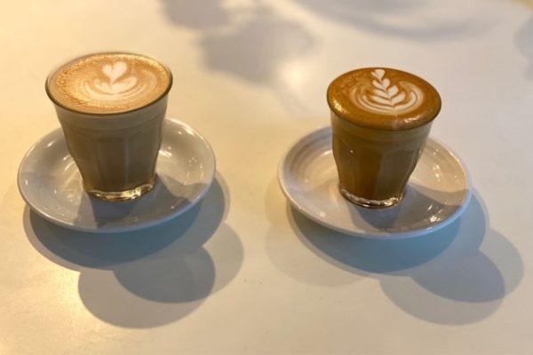 カフェラテ二種類