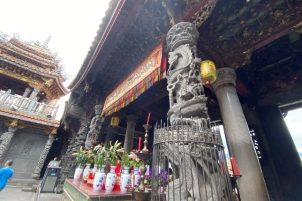 三峡祖師廟の柱