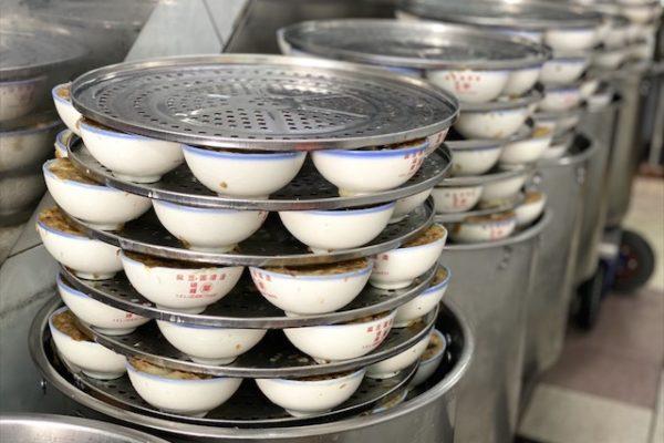 麻豆碗粿蘭のたくさんの碗粿