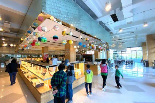 郭元益糕餅博物館のお店の中