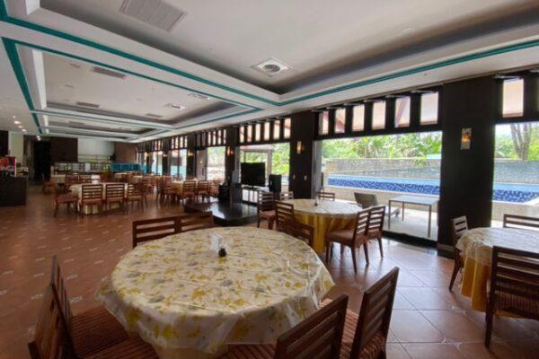 沐舍溫泉渡假酒店のレストラン