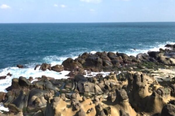 和平島の海