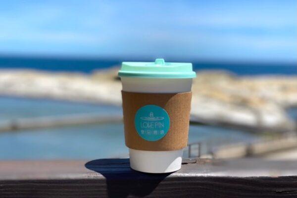 和平島のカフェのコーヒー