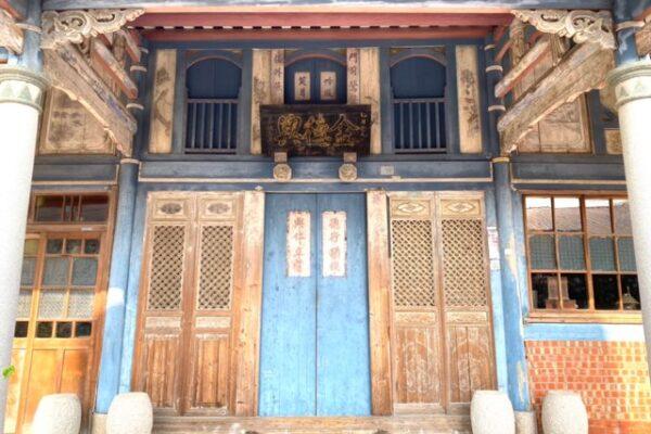 菁寮老街の建物の門
