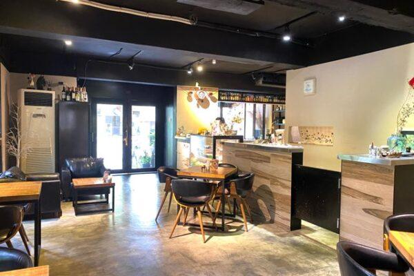 Cafe Mode 木馬の店内